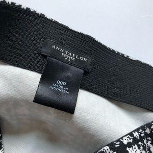 Ann Taylor Skirts - Ann Taylor stretchy pencil skirt; size 00P